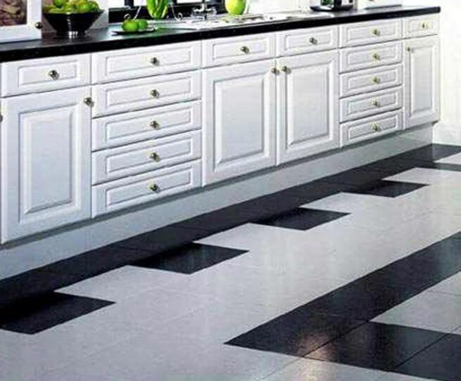 Дизайн пола на кухни из плитки и