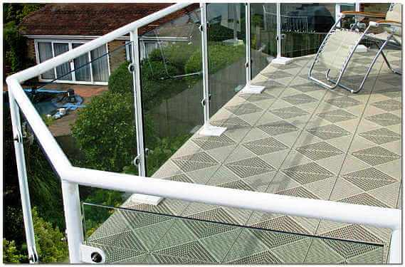 Плитка напольная на балконе
