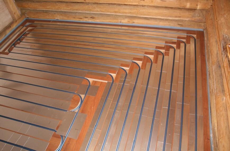 Электрический теплый пол на деревянном полу
