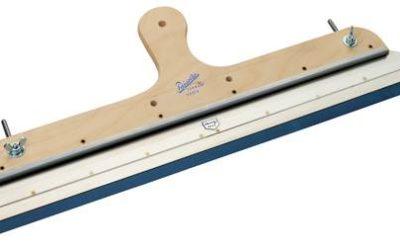 Ракель для наливного пола: незаменимый инструмент